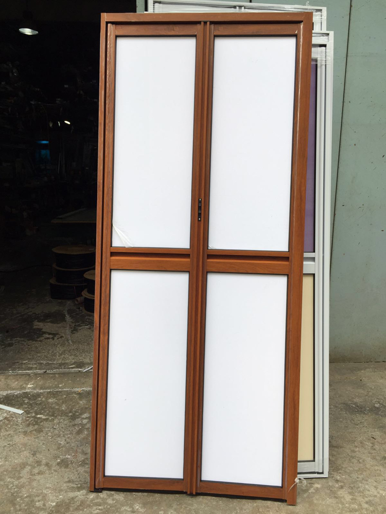 Uninstalled Bi-fold Door