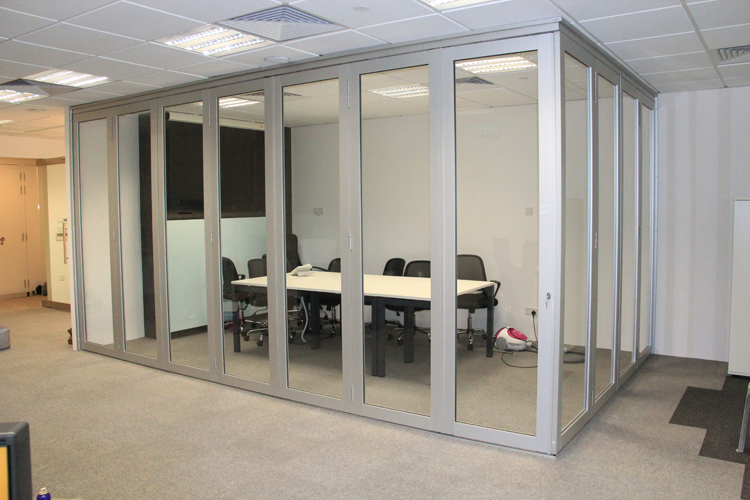 Aluminium Collapsible Door (Office)