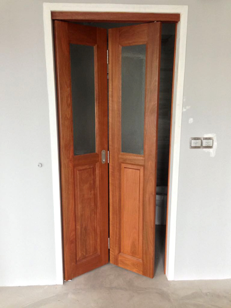 Bi-fold Door for Toilet